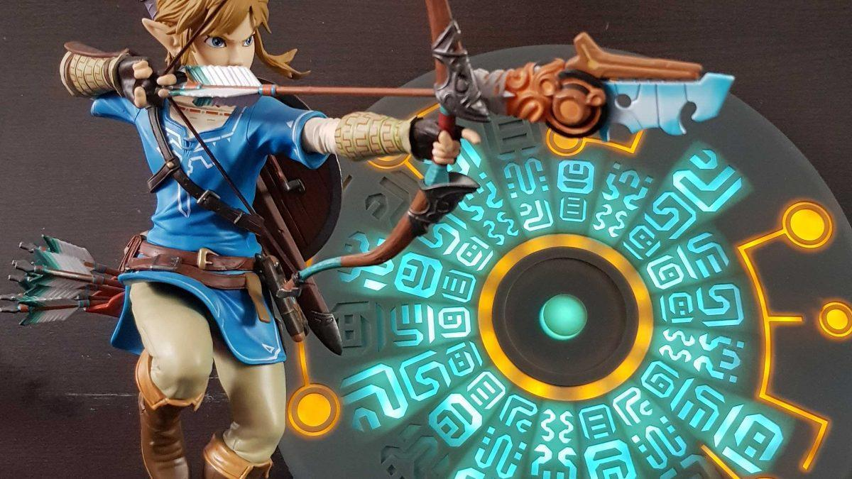 breath of the wild link andsheikah slate wireless charger